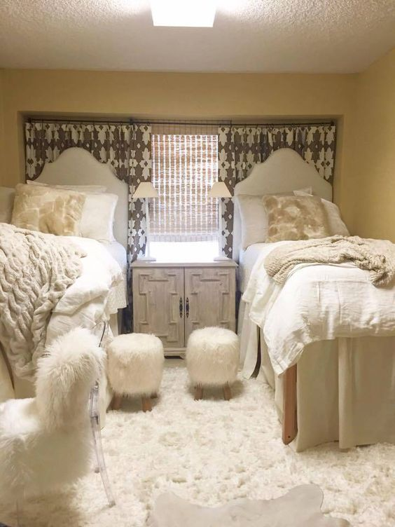 Glam Dorm Rooms That You Need To Copy Lures And Lace