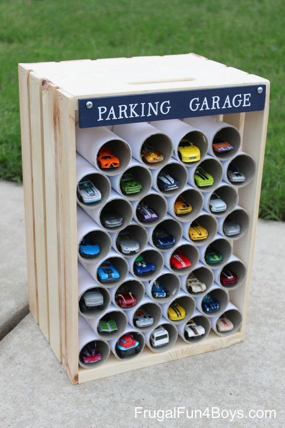 DIY Hot Wheels Storage Ideas - Easy and fun way to organize your Hot Wheels, Matchbox and other toy cars that your kids will love! #HotWheels #organizationideas