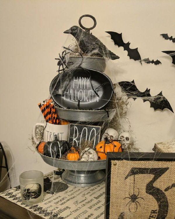 Three-Tier Tray Halloween Decor -14