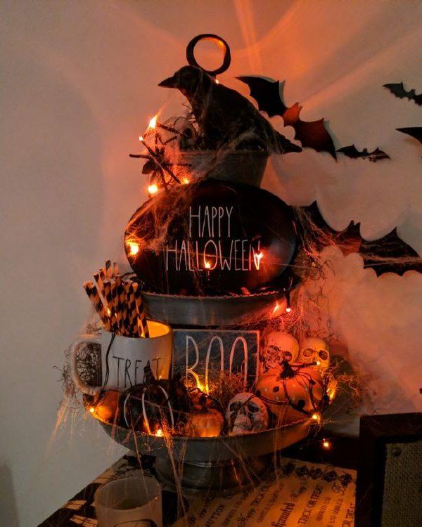 Three-Tier Tray Halloween Decor -36
