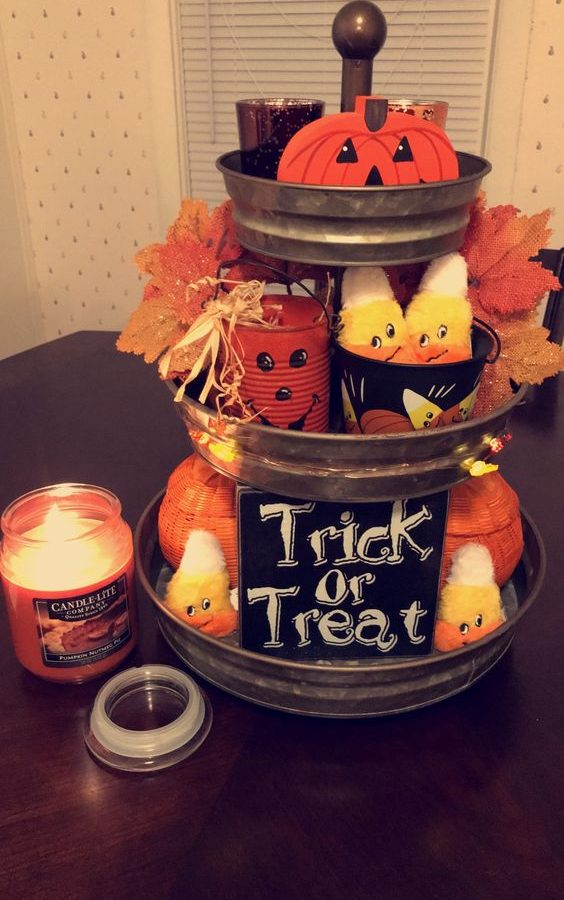 Three-Tier Tray Halloween Decor -43
