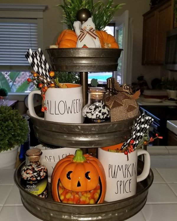 Three-Tier Tray Halloween Decor -47